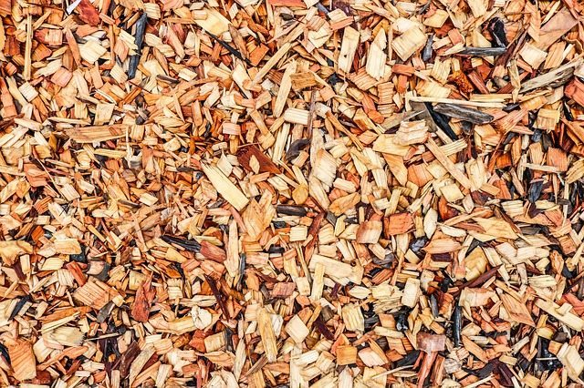 wood-chips-mulching-perth-gardening