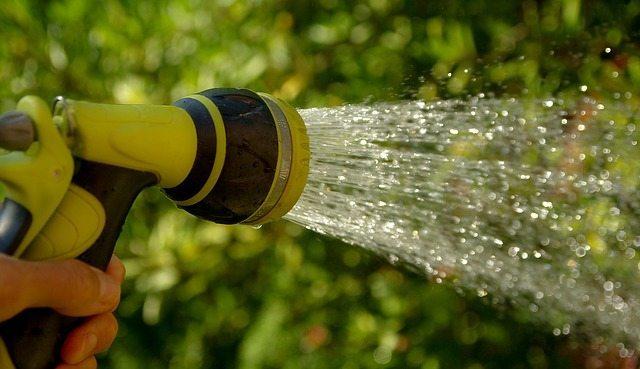 hand watering garden spray nozzle